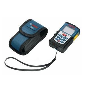 Télémètre laser DLE70 Bosch avec sa sacoche de transport