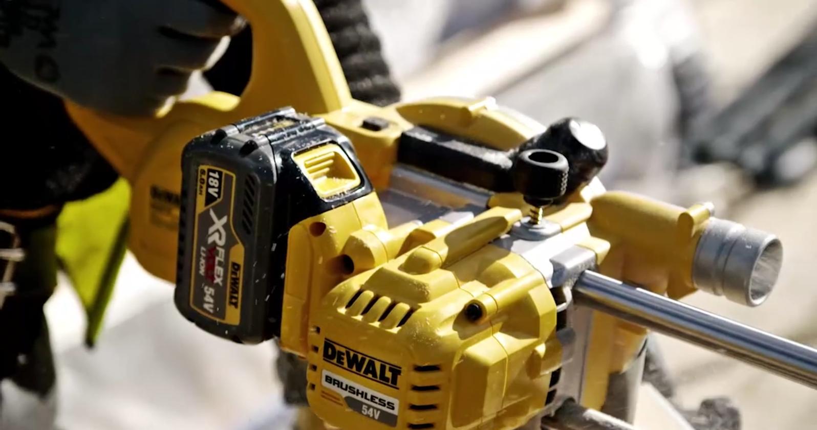 chantier du futur avec la gamme XR Flexvolt de chez Dewalt