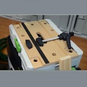 FESTOOL SYSTAINER - SYS-MFT avec un outil
