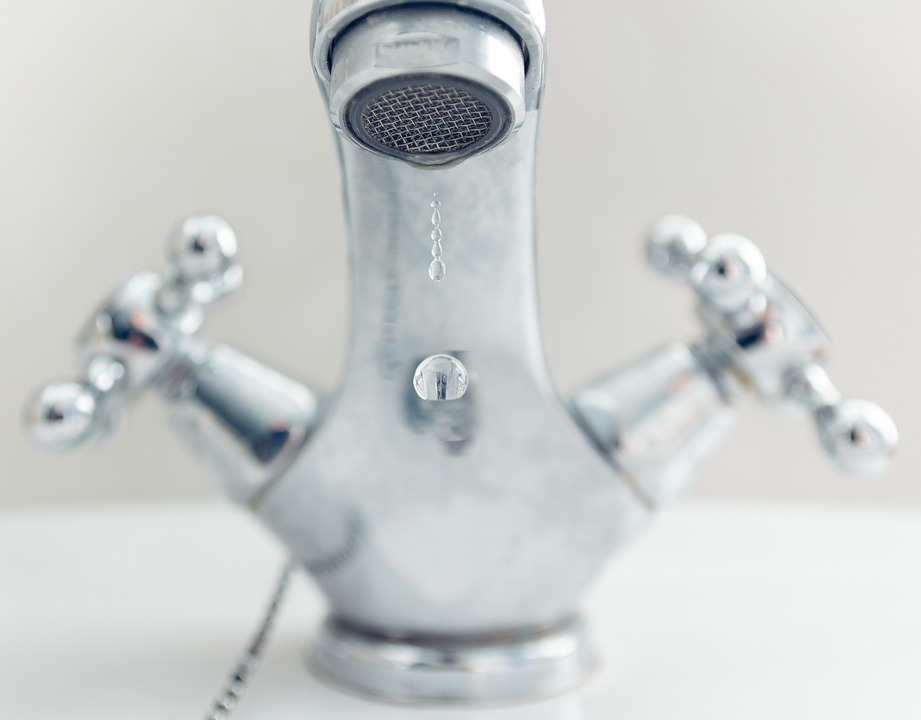 melangeur d'eau robinet
