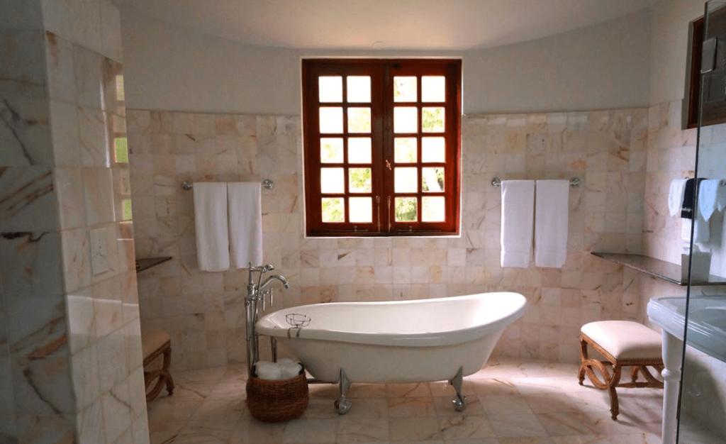 salle de bain rénovation moderne