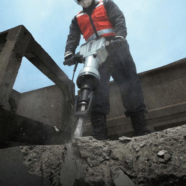 marteau-piqueur-demolisseur-hitachi